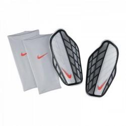 Nike Protegga Pro 080
