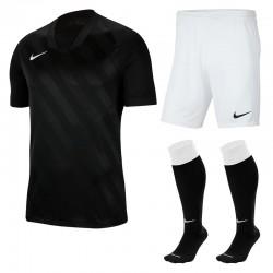 Komplet Nike Challenge III...