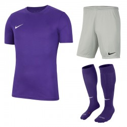 Juniorski strój piłkarski Nike JR Park VII Set 540